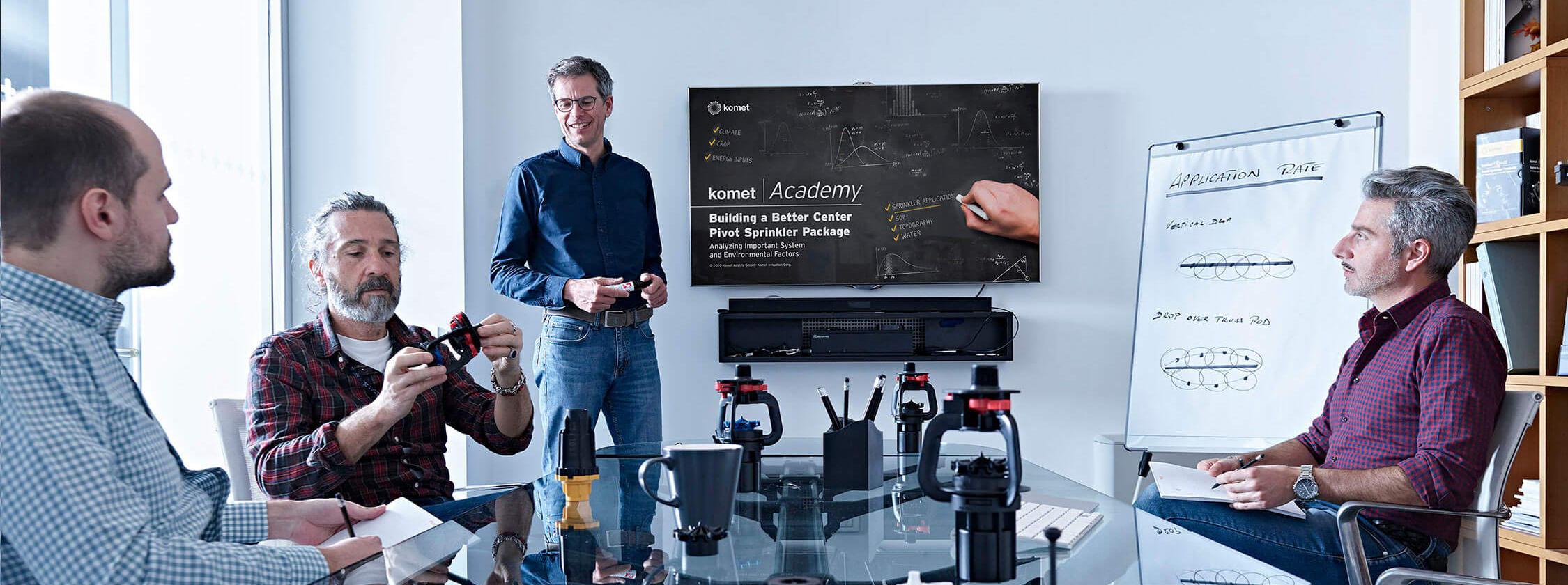 Komet Academy
